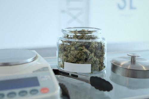 labo-leriff-nordausud-cbd-weed-marijuana-lobo